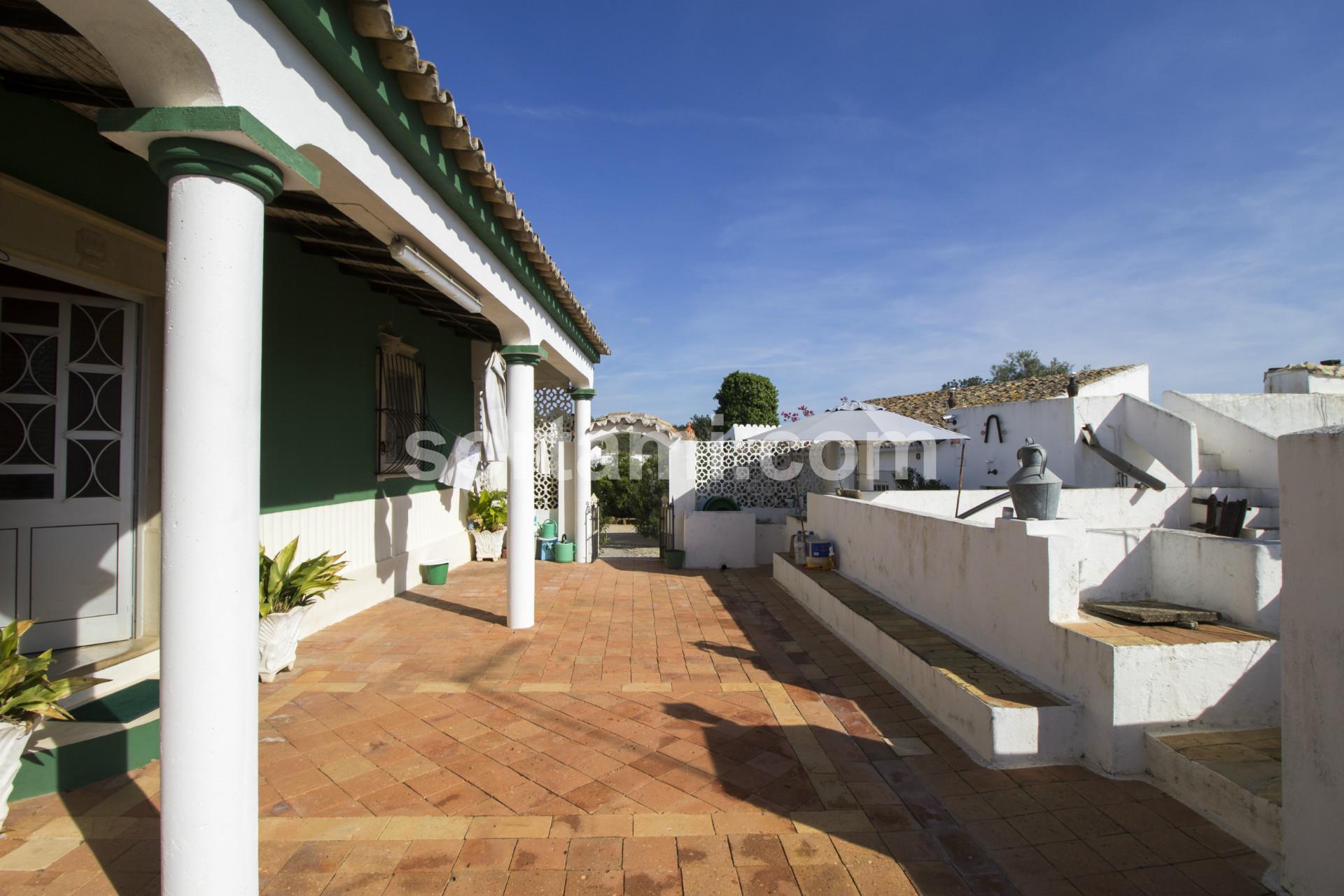 Farm T6, Algarve, Almancil