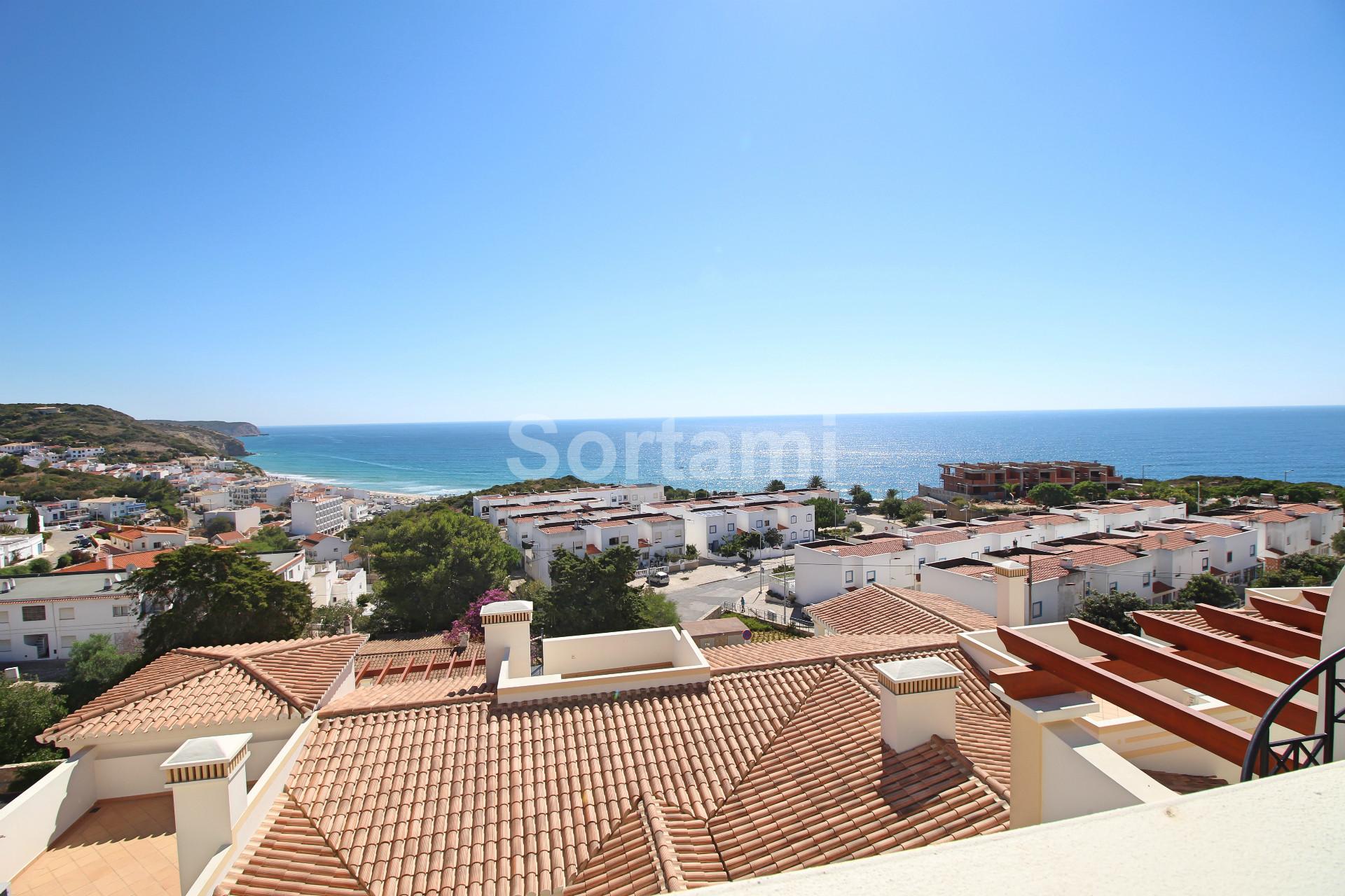 Town House T2, Algarve, Salema