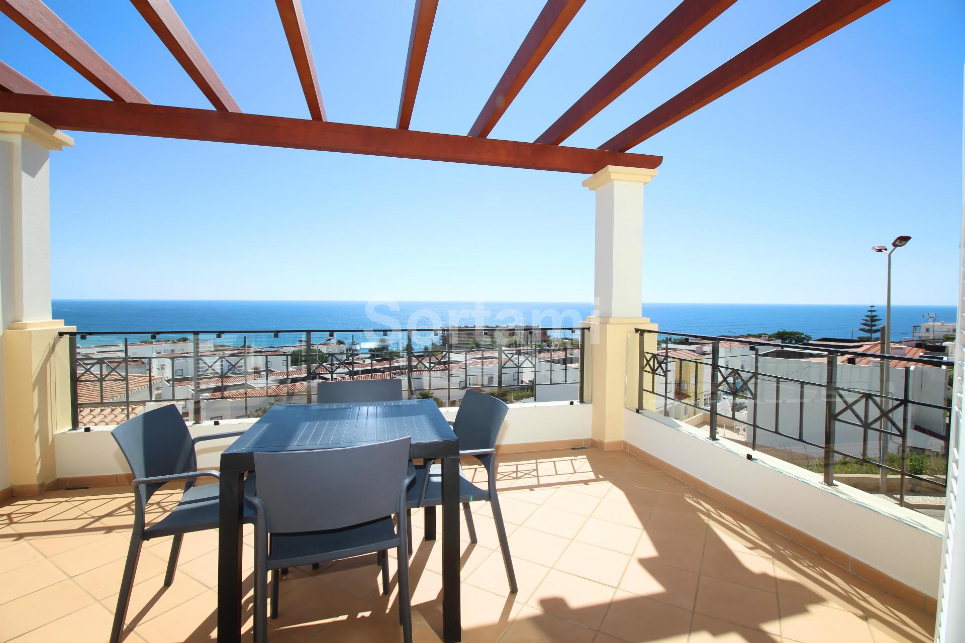 Town House T3, Algarve, Salema